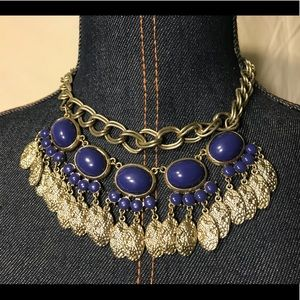 🔆 Stunning statement necklace